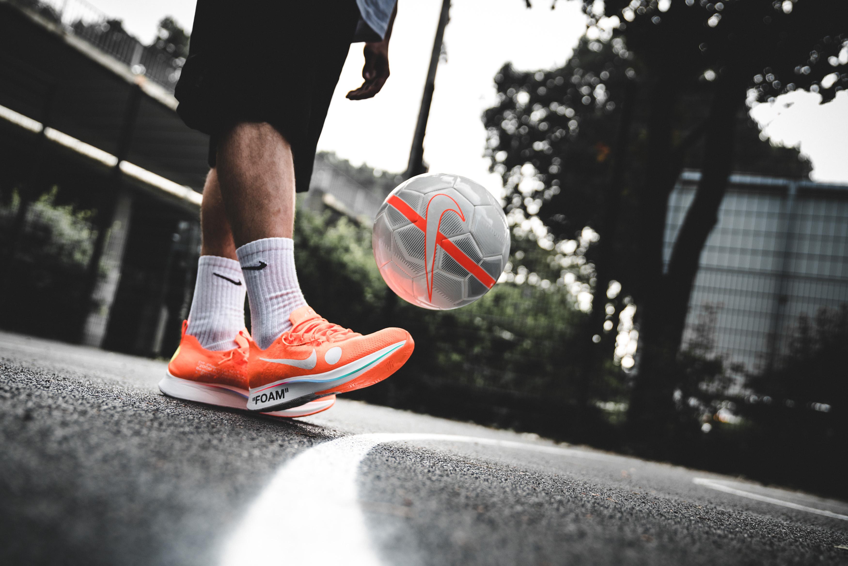 movimiento blusa Presta atención a  Nike x Off-White™ »Football, Mon Amour« - solebox Blog